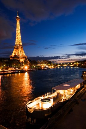 Josephine Eiffel nuit - Bas