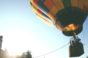 hot-air-balloon-401545_1280